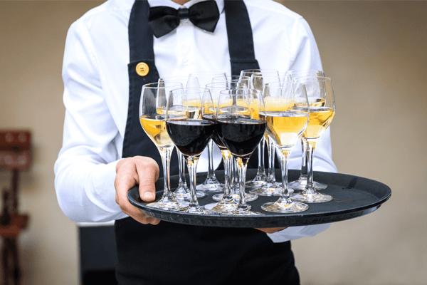 Hotelbekleidung Gastronomiebekleidung Uniformen von OUTFIT