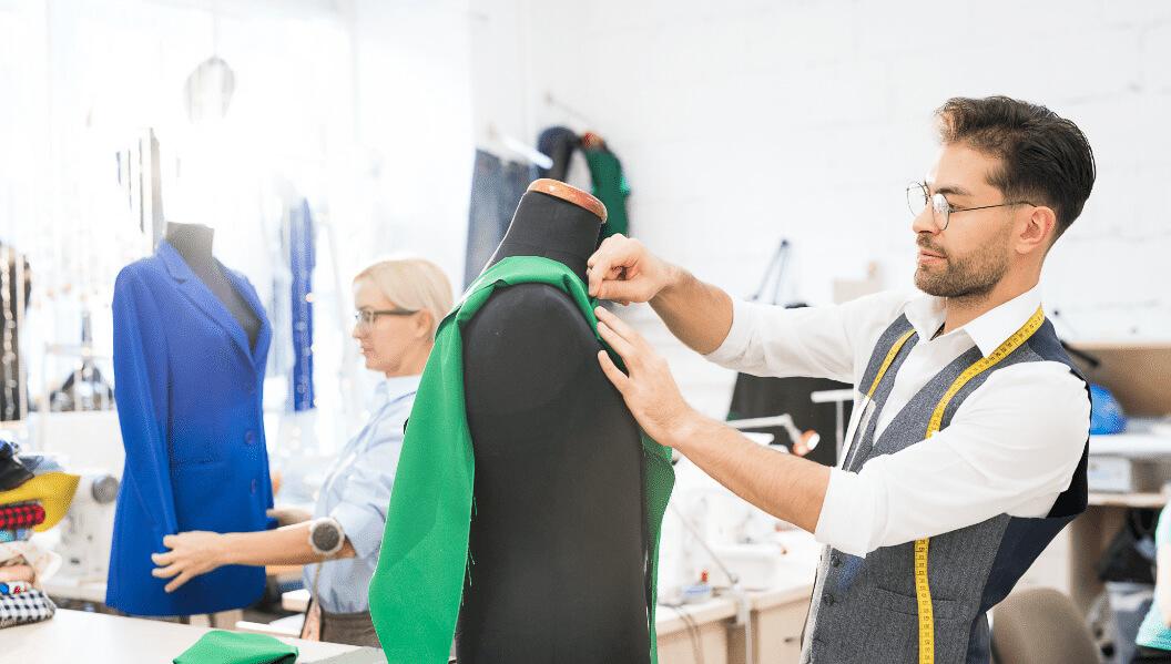 Design & Entwicklung individuelle Designs und Kollektionen von outfit